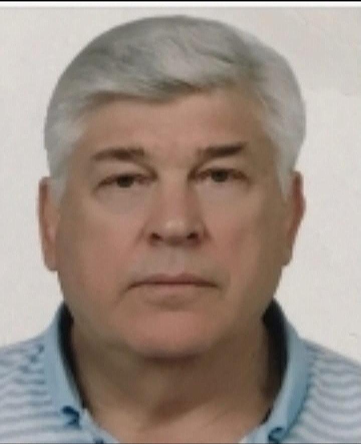 Пономарев Юрий Константинович — врач дерматовенеролог.