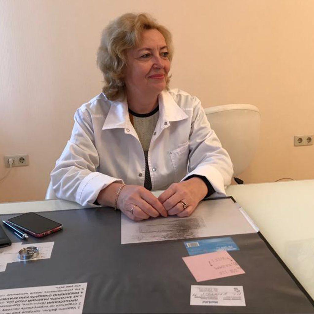 Коломейцева Вера Ивановна — дерматовенеролог высшей квалификации.