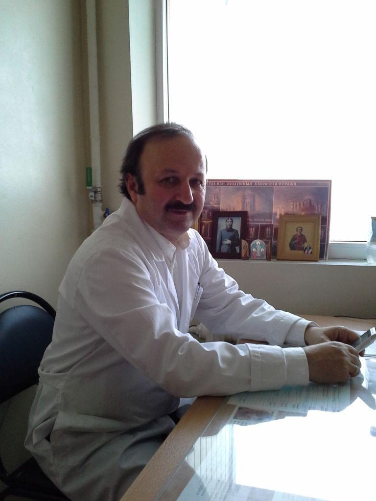 Чубарян В. Т. - врач высшей категории, пульмонолог, терапевт, фтизиатр, профессор, ДМН, зав. кафедрой фтизиатрии и пульмонологии