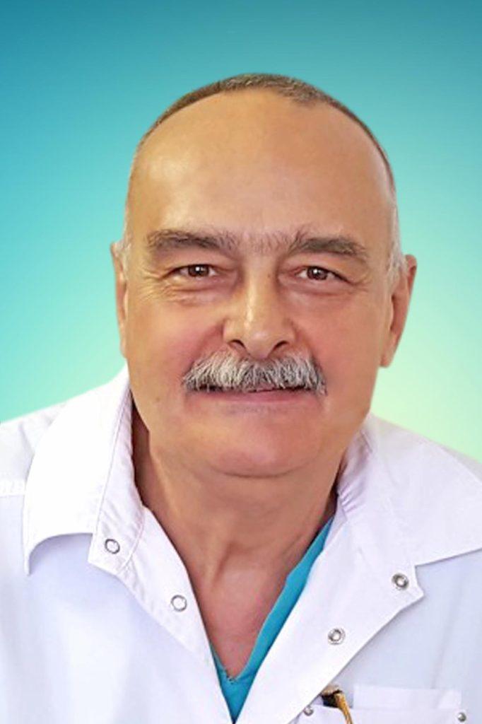 Голубев Георгий Шотович - профессор, врач высшей категории, травматолог, ортопед, хирург