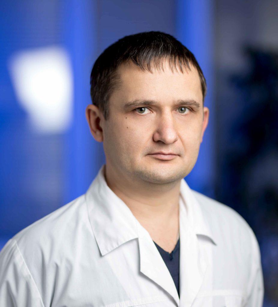 Фёдор Викторович Скляров  - кардиохирург, сердечно - сосудистый хирург, специалист в интервенционной и хирургической аритмологии.