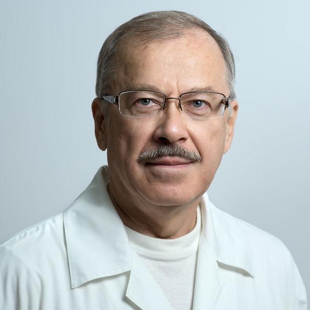 Борис Баянович Ильясов. Врач УЗИ врач УЗИ