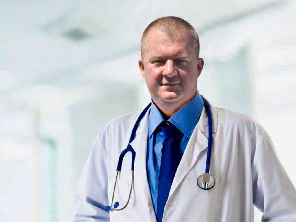 А. В. Давыденко. Абдоминальный хирург. Гнойный хирург. К.М.Н. Врач высшей квалификационной категории