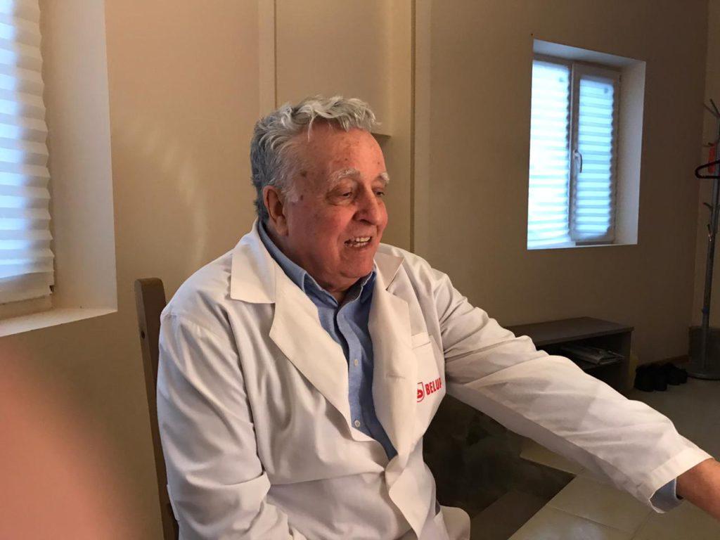 Дерматовенеролог - Гребенников В.А. является микологом, трихологом, профессором, врачом высшей категории, Зав. кафедры кожных болезней РостГосМедУниверситета
